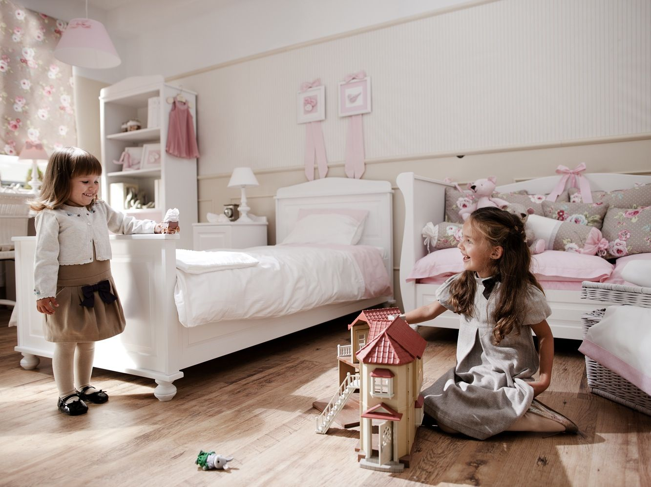 szafa wn kowa czy wolnostoj ca architektura budownictwo i majsterkowanie. Black Bedroom Furniture Sets. Home Design Ideas
