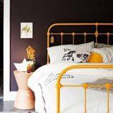 Stalowe łóżko dla dziecka