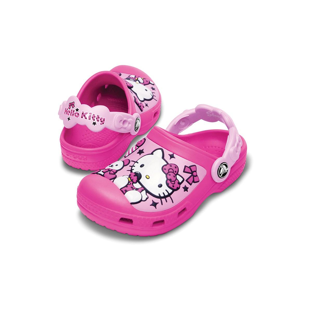 klasyczny styl bliżej na styl mody Za co dzieci na całym świecie pokochały buty Crocs? - FD