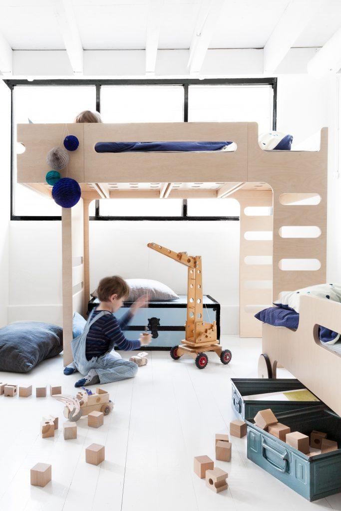 pietrowe-lozko-dla-dziecka (1)