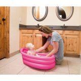 Wszystko, co niezbędne podczas kąpieli noworodka